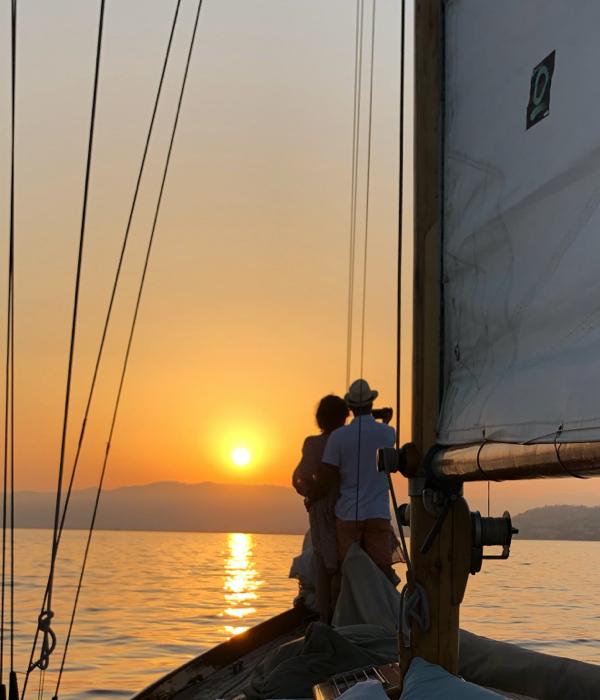 Sail_Cannes_Algue_Sunset_Charter